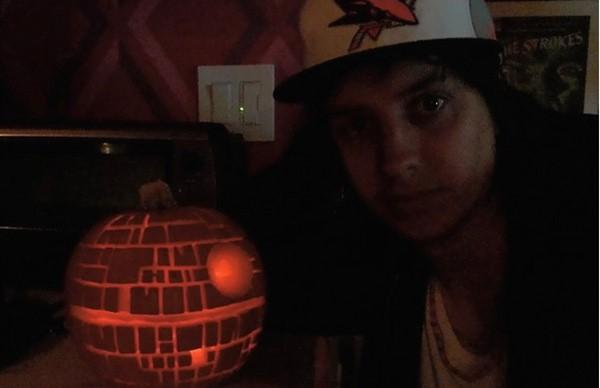Julian Casablancas e sua estrela da morte