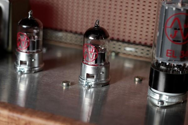 Concorra a amplificador valvulado da Gato Preto Classics