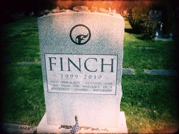 Finch anuncia seu fim