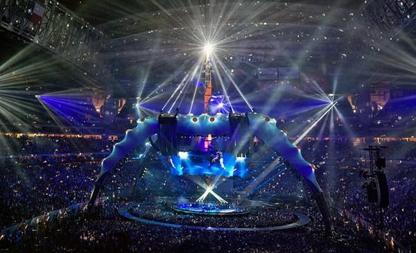 U2 ficou com o primeiro lugar das turnês mais lucrativas