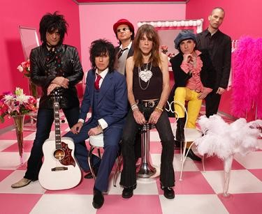 New York Dolls lança novo disco