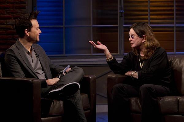 Ozzy Osbourne e Mark Hoppus falam de Justin Bieber
