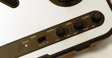 Concorra a toca-discos portátil USB