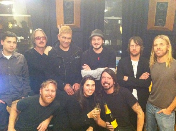 Foo Fighters termina novo album