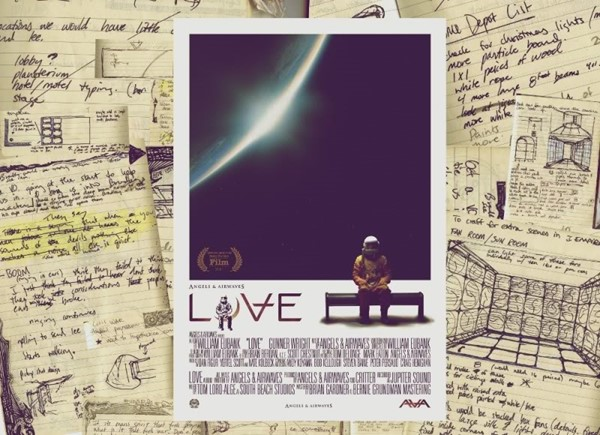 """Poster """"Love"""", filme do Angels And Airwaves"""