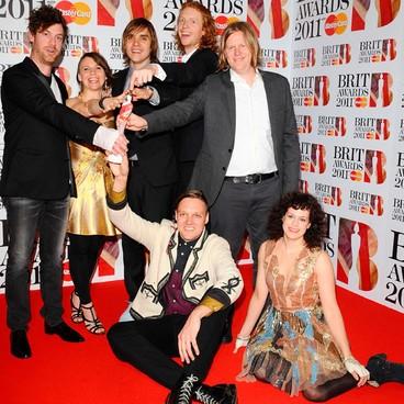 Arcade Fire dois prêmios no Brit Awards