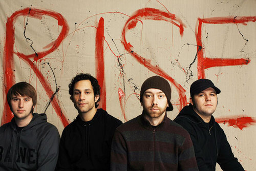 Compre o novo álbum do Rise Against