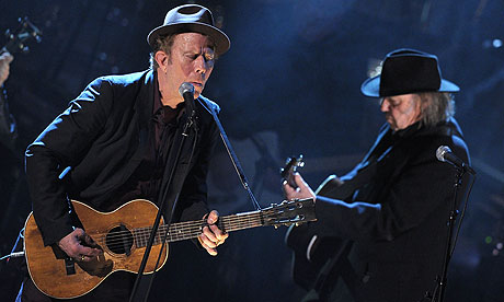 Tom Waits e Neil Young no Rock and Roll Hall Fame