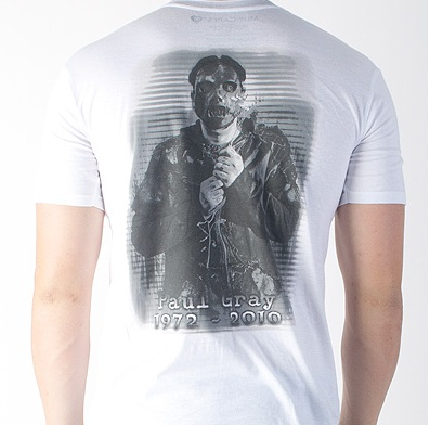 Slipknot lança camiseta em homenagem a Paul Gray