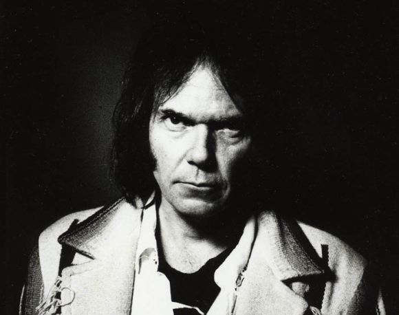 Músicos homenageiam Neil Young