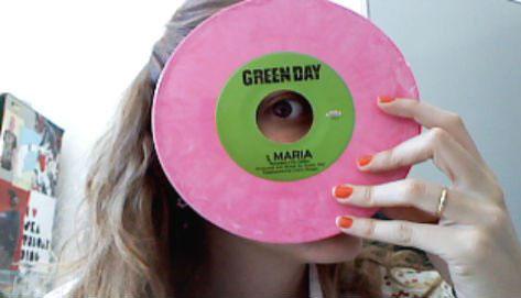 Maria Maier da Idealshop fala sobre sua relação com as lojas de discos