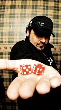 Rodrigo Koala (Hateen) e as lojas de disco