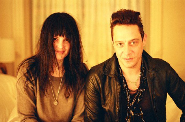 The Kills faz cover de Marilyn Monroe