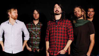 Foo Fighters se apresenta no MTV Movie Awards