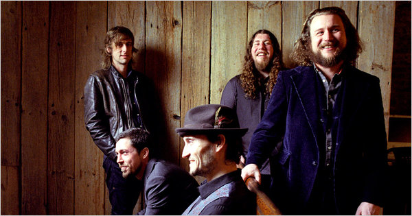 Assista à Trechos da Performance do My Morning Jacket no Fox Theater