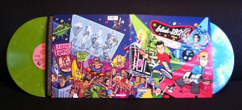 Blink-182 promove leilão beneficente de disco de vinil autografado