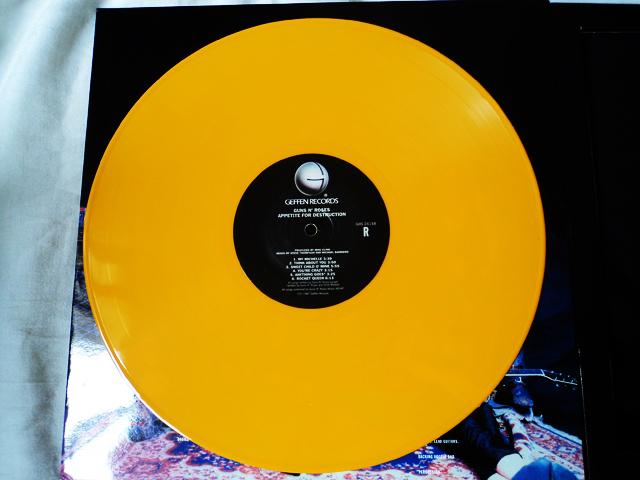 Guns N' Roses - Appetite For Destruction em kit com vinil amarelo e camiseta