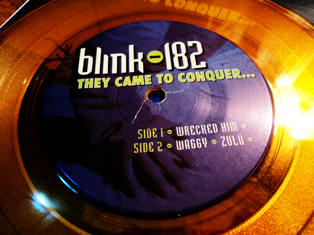 Blink-182 - They Came To Conquer Uranus