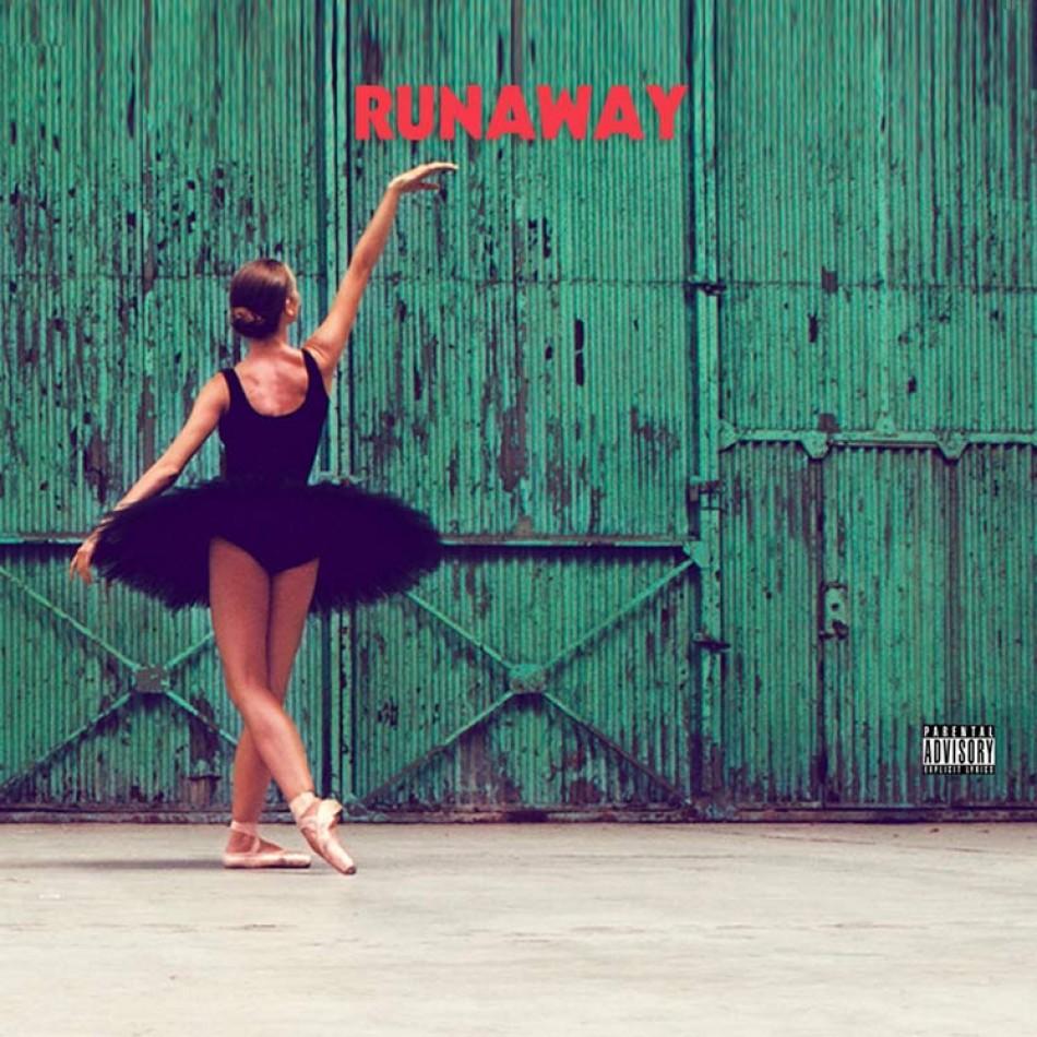 Kanye West faz longa perfomance de Runaway ao vivo