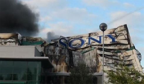 Armazém da Sony depois de ser destruído