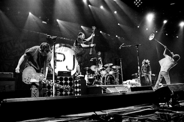 pearl jam lanca clipe de not for you