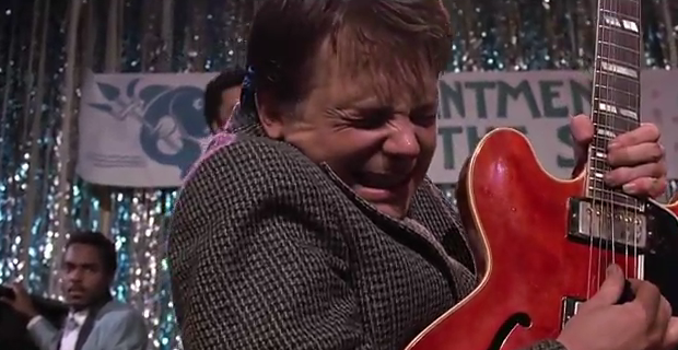 Michael J Fox toca Johnny B Goode
