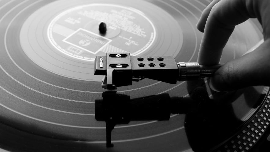 BBC Radio 6 Music vai usar discos de vinil por um dia
