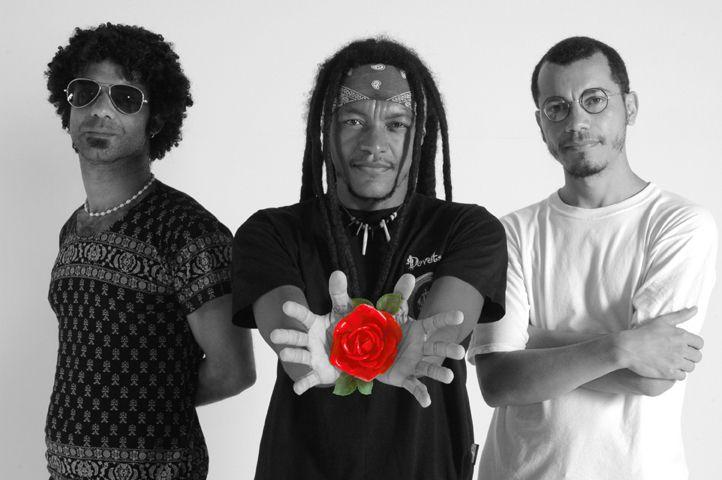 Devotos lança disco de vinil Demos e Raridades