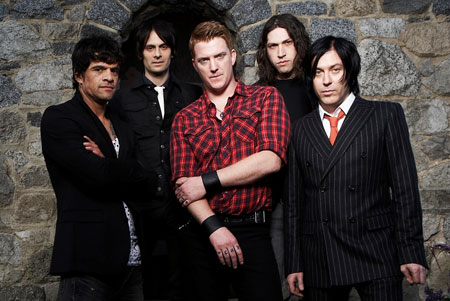 Queens Of The Stone Age faz cover de Bob Dylan