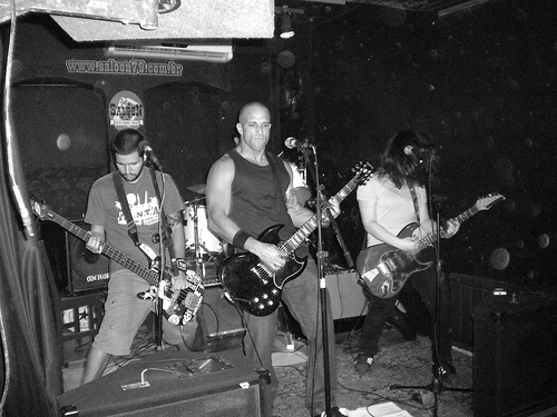 Costanzas na Drunk Rock Party, por Alexandre Bolinho (Kopos Sujus)