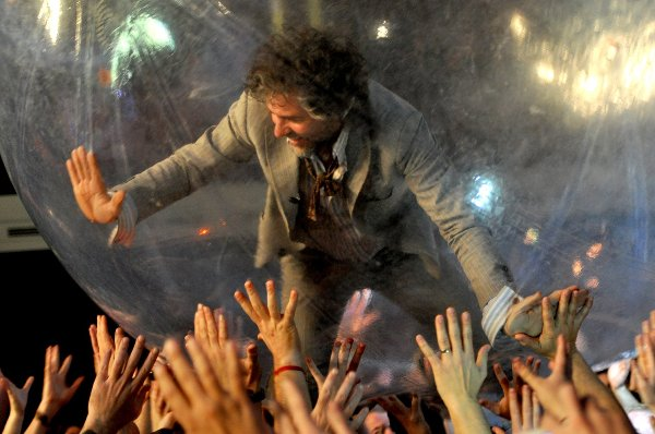 The Flaming Lips grava ensaio com Ke$ha