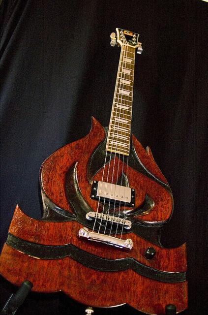 Guitarra do Hot Water Music