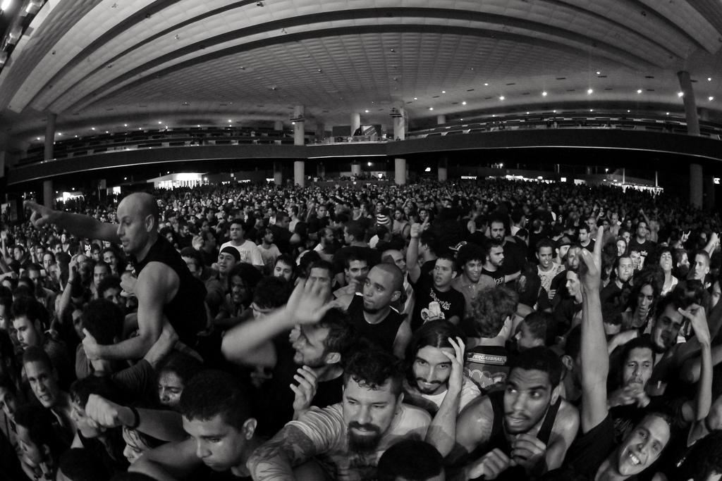 Público do sábado do Abril Pro Rock 2012