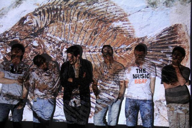 Cambriana Grava Versão de Samba a Dois, do Los Hermanos