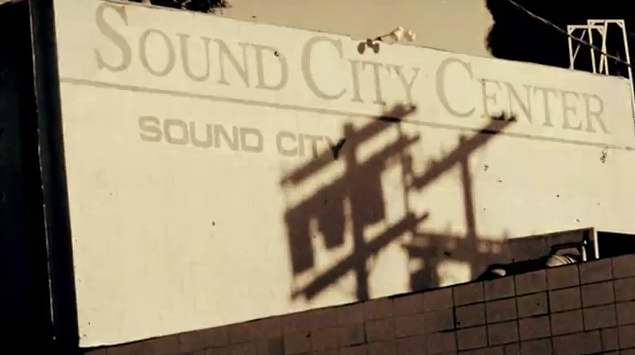 Foo Fighters e Rick Springfield gravam música juntos para o filme Sound City