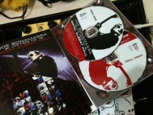 resenha dvd/cd joe bonamassa DVD02