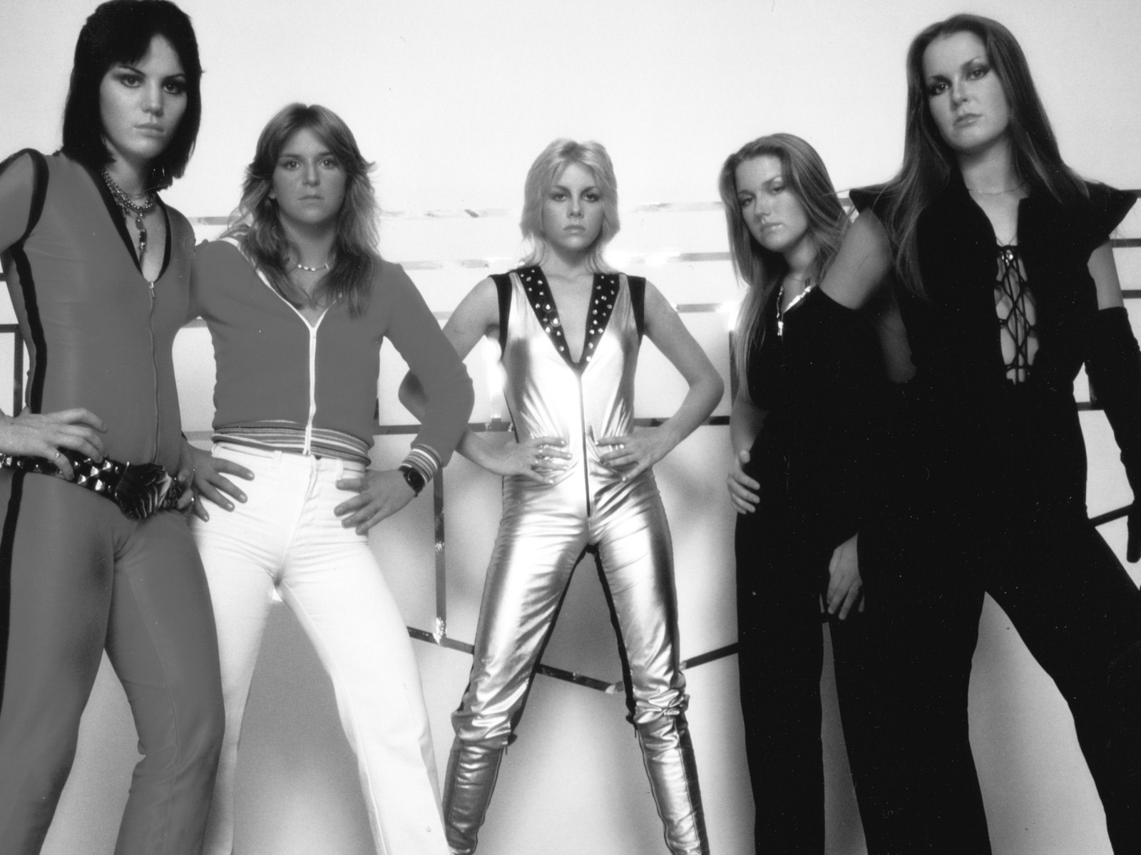 Lita Ford está tentando a volta do The Runaways