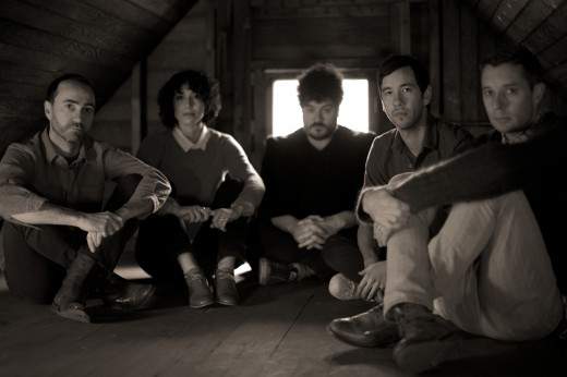 "The Shins grava videoclipe para a música ""No Way Down"""