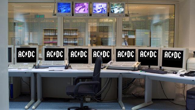 AC/DC tocando em usina nuclear
