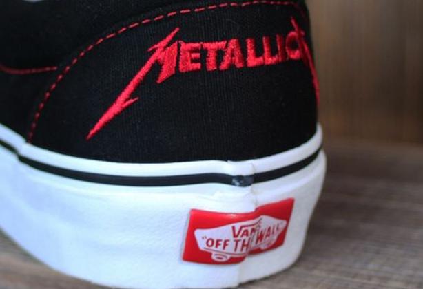 Tênis VANS do Metallica