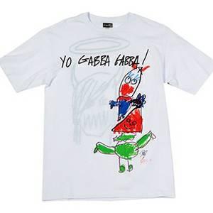 Camiseta feita por Dave Grohl e sua filha