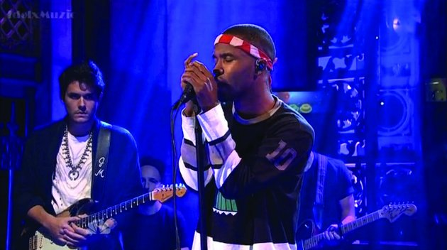 Frank Ocean e John Mayer no Saturday Night Live