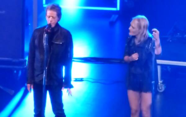 Metric convida Lou Reed para dividir o palco com a banda