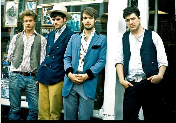 Sintetizadores no próximo disco do Mumford & Sons?