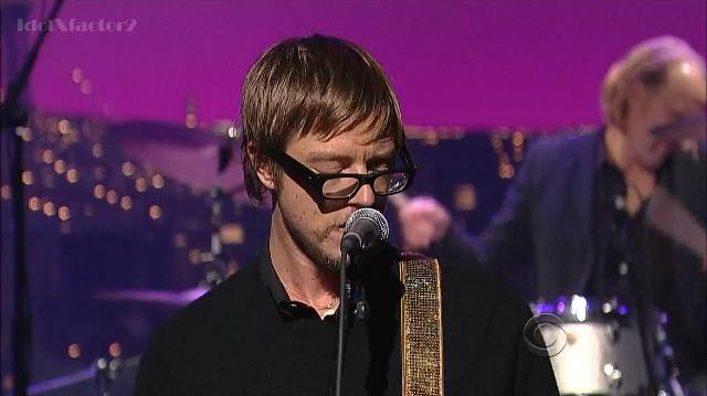 Paul Banks no programa de Davi Letterman