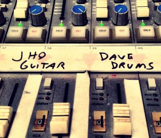 Dave Grohl e QOTSA