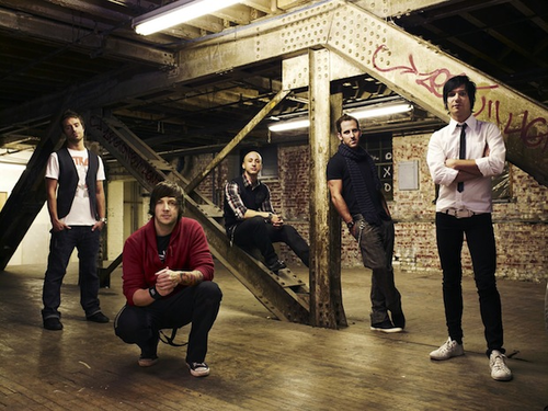 Simple Plan lança clipe de This Song Save My Life