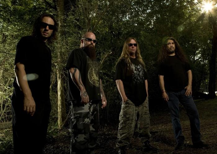 Jornal afirma que Slayer vai tocar no Rock in Rio 2013
