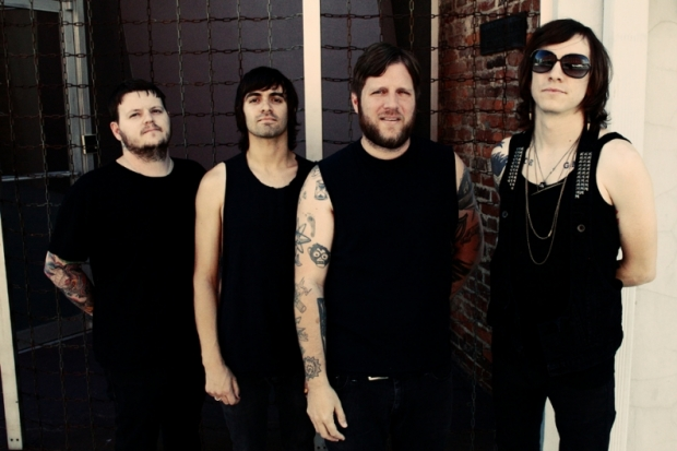 Baixista do Against Me! deixa a banda