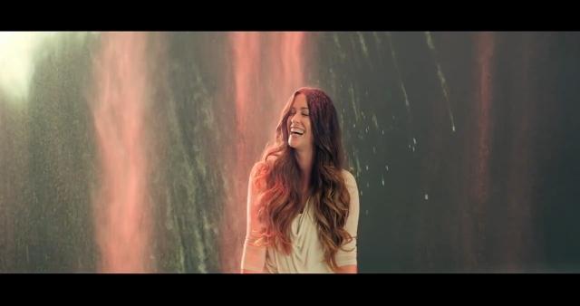 Alanis Morissette estreia vídeo do single
